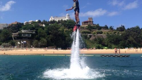 Vuela sobre el agua con Flyboard
