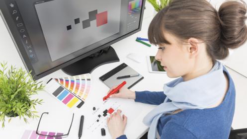 Photoshop CS6,InDesign CS6 o Illustrator CS5