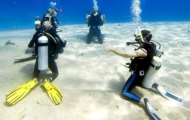 Bautismo de buceo en la Isla de Mouro