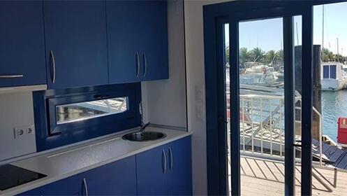 Experiencia única en una casa barco para 2 ó 4 personas
