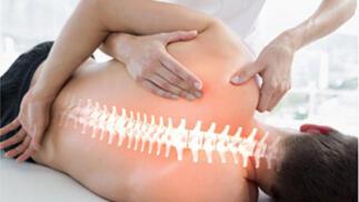 Revisión osteopática estructural, visceral o craneal con masaje según patología