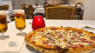 Pizza para dos con cerveza o refresco