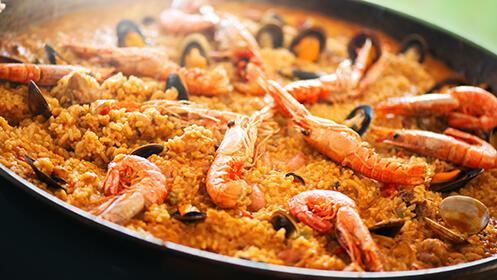 ¡Menú especial para dos! 4 platos, con bodega y postre en La Solita, Suances