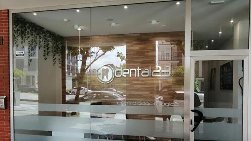 Promoción por nueva apertura: Revisión, limpieza o blanqueamiento dental