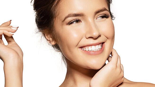 Tratamiento facial Dermapen, rejuvenecimiento facial