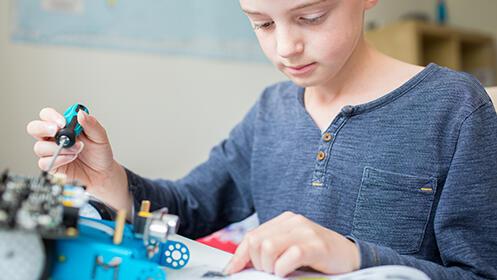 Cursos de robótica, programación y diseño,Reto FLL Lego o diseño de videojuegos