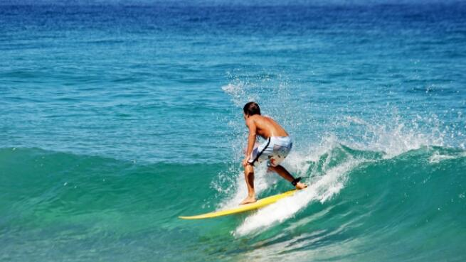 Clases de Surf de 90 min. en Somo para 1, 2 ó 4 personas